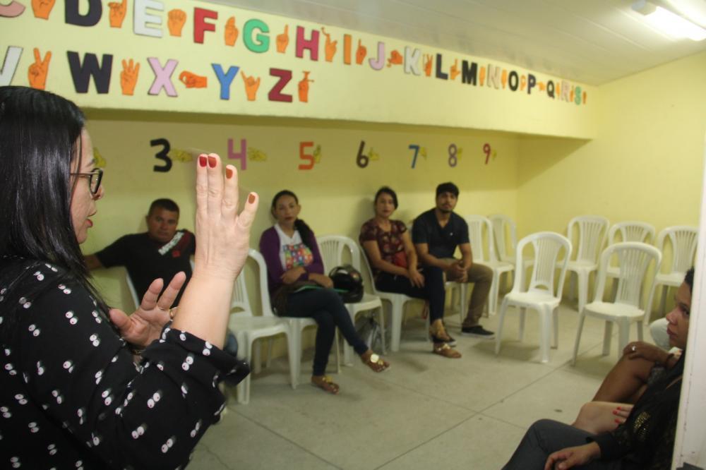 Município de Arapiraca oferta 420 vagas para curso gratuito de Libras