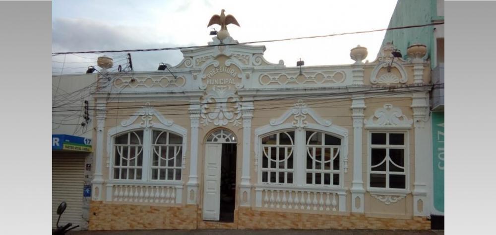 Dois secretários do primeiro escalão deixam prefeitura para concorrer a eleição em Palmeira