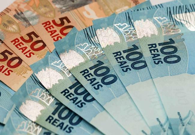 Prefeitura de Arapiraca inicia pagamento da 1a faixa dos servidores referente a junho
