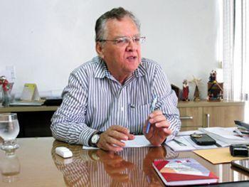 Covid-19: Prefeito Isnaldo Bulhões morre aos 78 anos