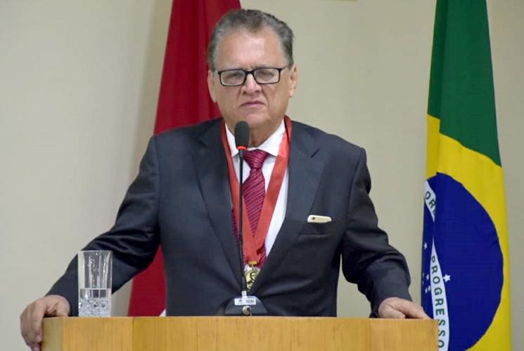 Rogério Teófilo lamenta morte do prefeito Isnaldo Bulhões